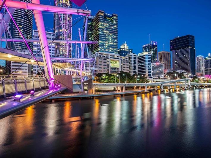 Inglese Brisbane Night da $210pw Image